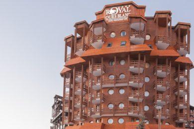 royal-ours-blanc-facade-1-1